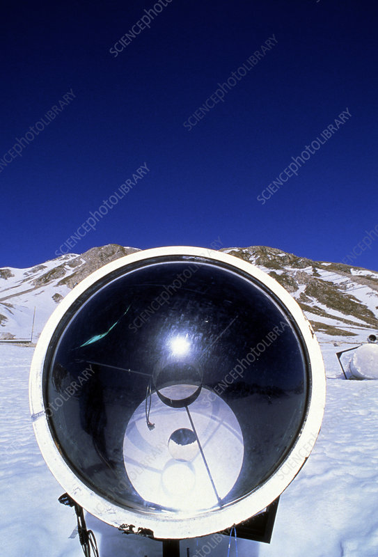 Telescope to detect Cherenkov radiation