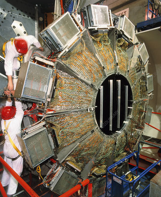 Engineers work on BaBar detector at SLAC