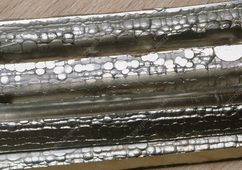 Bars of the transition metal nickel