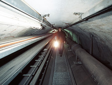 Quantum entanglement tunnel