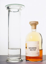 Bromine test for alkene
