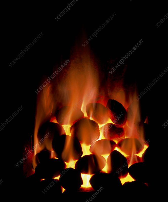 Fire of smokeless fuel