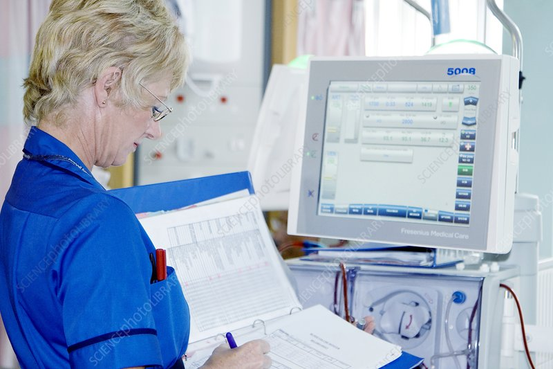 Nurse and dialysis machine
