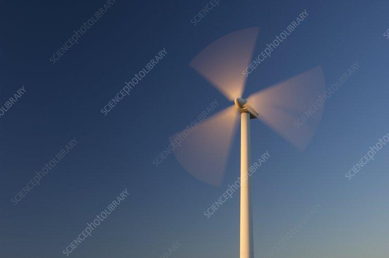 Wind turbine rotating