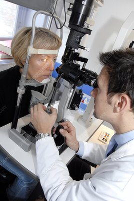 Laser eye surgery aftercare