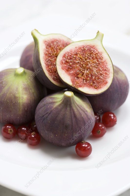 Whole and halved figs