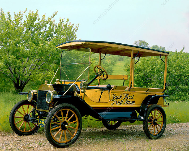 1914 Ford T. Station Wagon