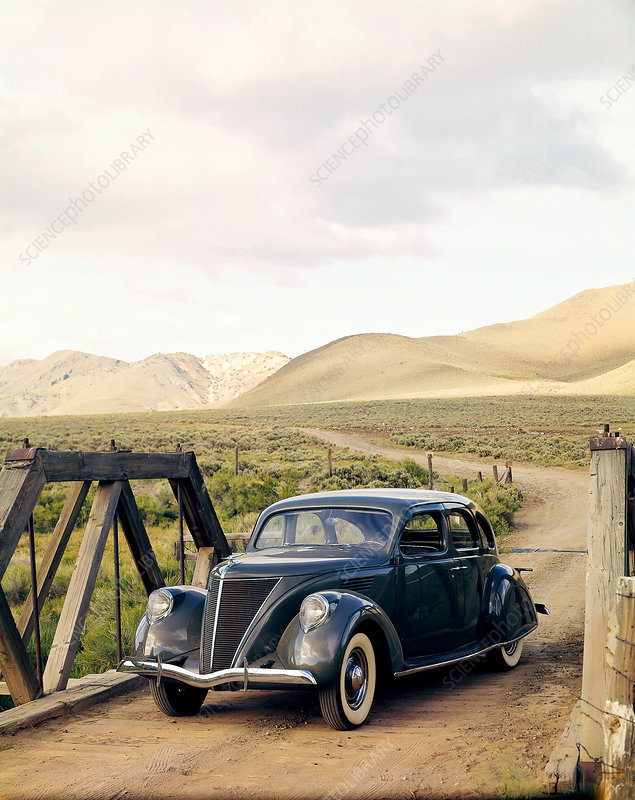 1936 Ford Lincoln Zephyr