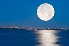 Moonrise over Vancouver harbour