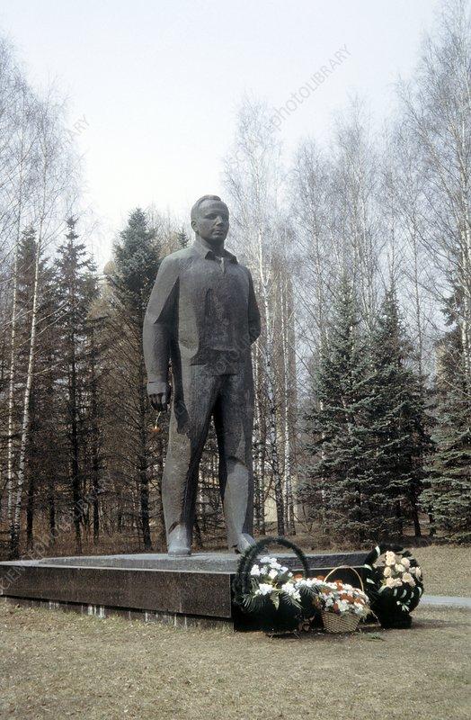 Gagarin Memorial - Stock Image C002/1157 - Science Photo ...
