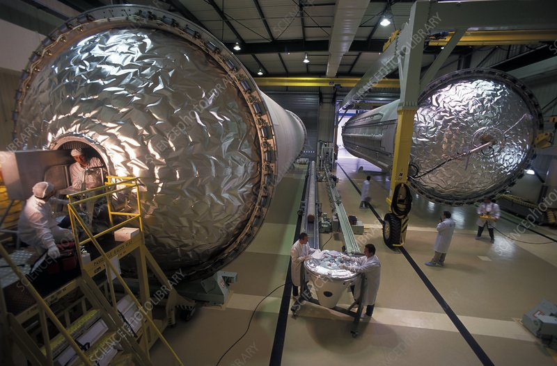 Ariane 5 cryogenic tank production