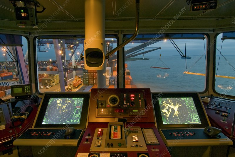 Container ship controls