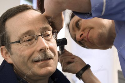 Ear examination before wax removal