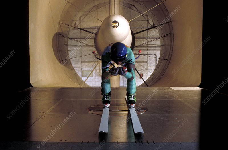 Wind tunnel skiing test