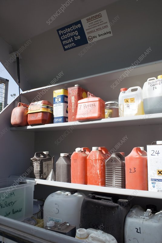 Recycling centre - Stock Image - C004/8446 - Science Photo