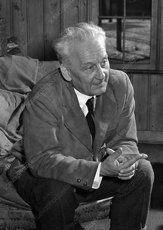 A. Szent-Gyorgyi, Hungarian-US biochemist