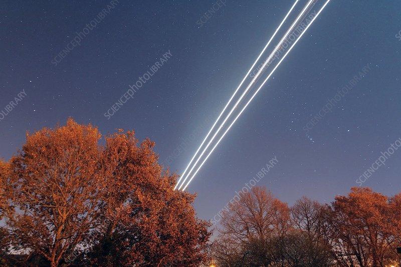 Aeroplane light trails