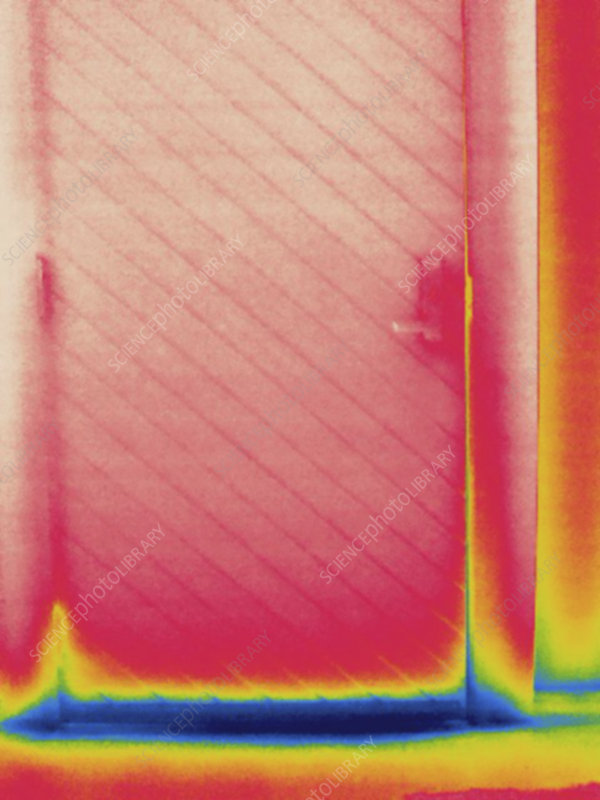 Thermogram, cold air from exterior door