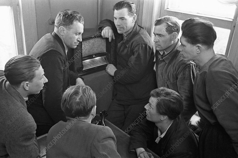 Workers hearing of Gagarin's spaceflight