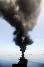 Oil spill burning, USA