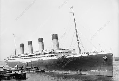 RMS Olympic in New York, 1911