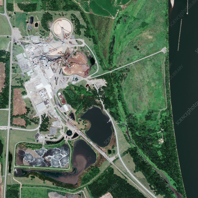 Sand and gravel quarries, satellite image