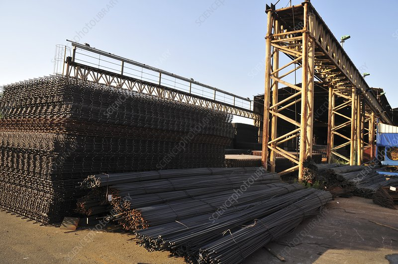 Steel and iron recycling complex