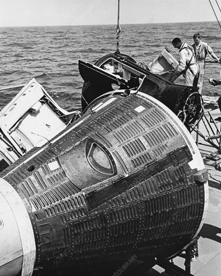 Water Egress Training for Gemini 4 Missio