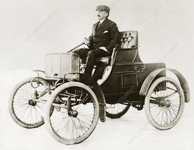 Early car, 1898 Packard