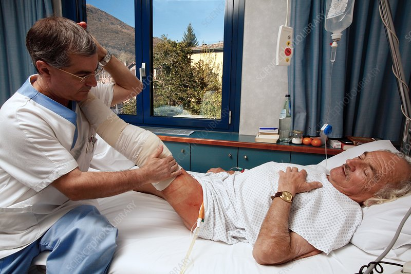 Physiotherapy after knee surgery