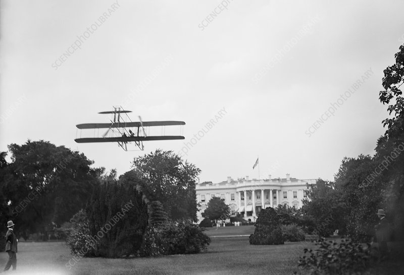 Harry Atwood landing at the White House