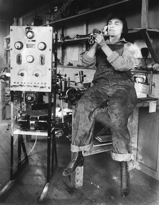 Mary Loomis, Radio School Operator