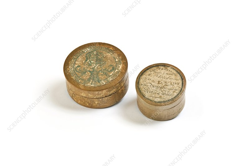 Pots of toothpaste, early 19th century