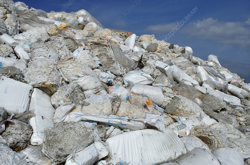 Dumped insulation material