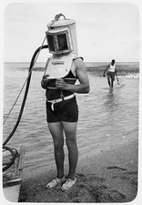 1920s diving helmet