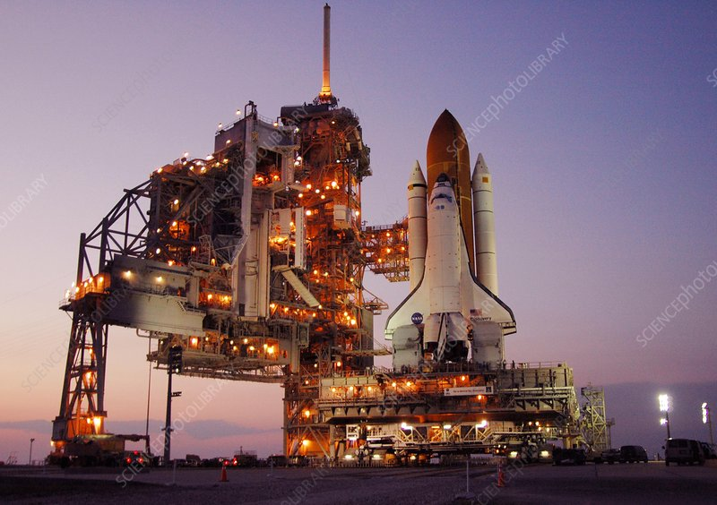Discovery at launch pad, 2006