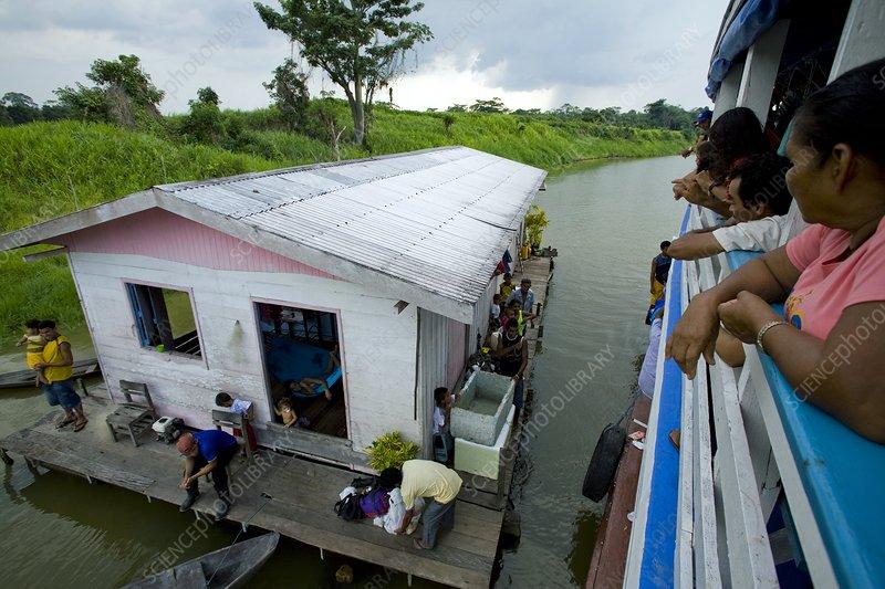 Houseboat, Brazil