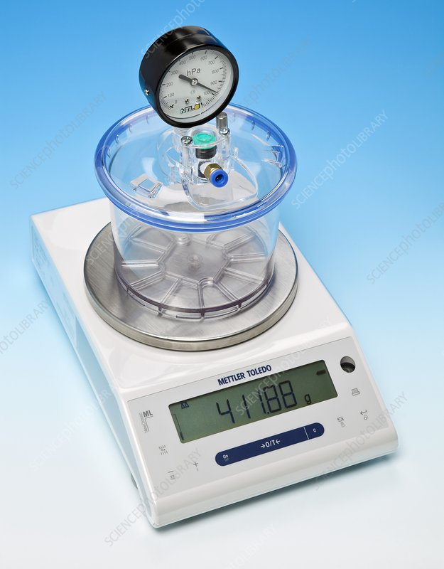 Weighing air, start of experiment