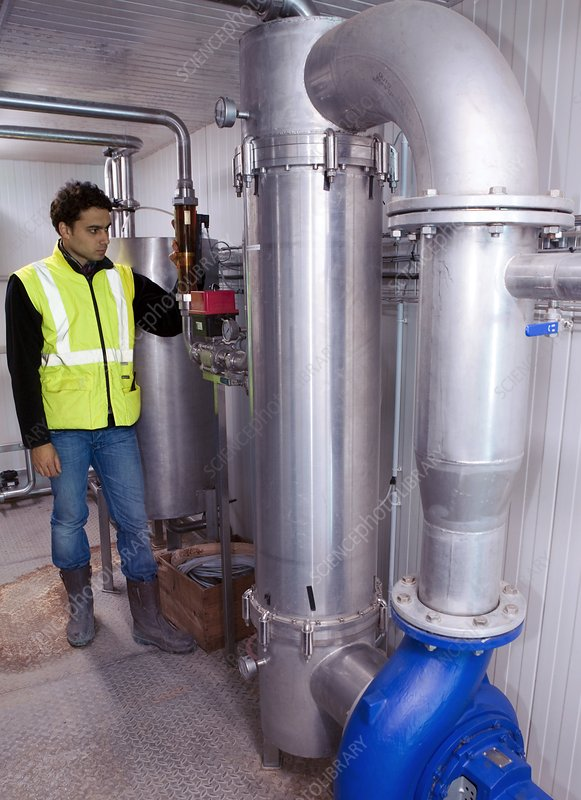 Purifying water from landfill sites