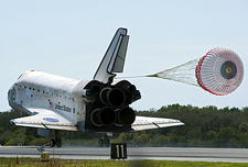 Discovery's final landing, 2011