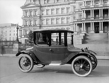 Detroit Electric automobile, 1920s