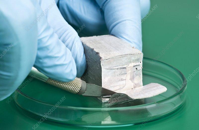 Cutting sodium metal