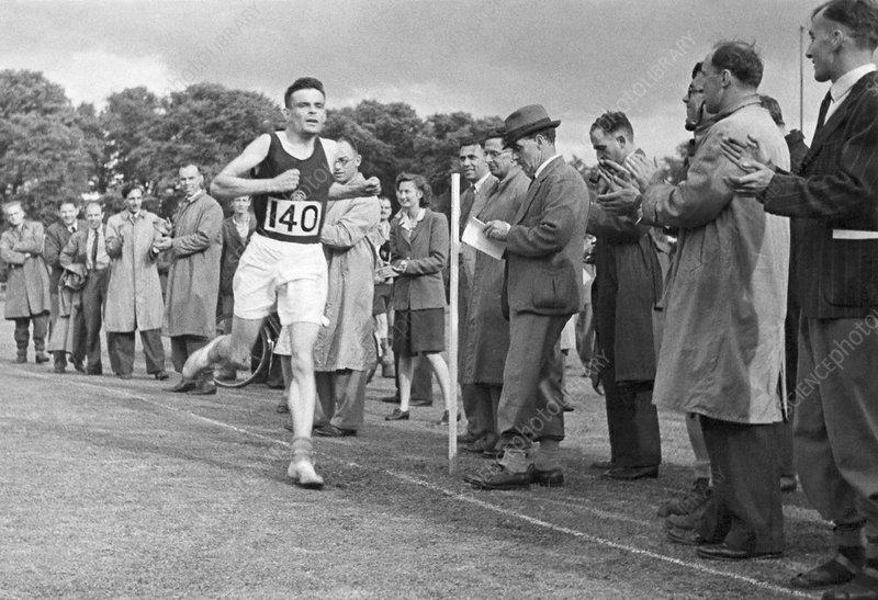Alan Turing finishing a race, 1946