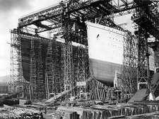 Titanic and Olympic under construction