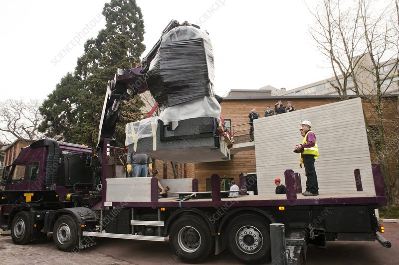 Museum CT scanner delivery