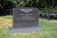 Grave of Michael Smith, NASA astronaut