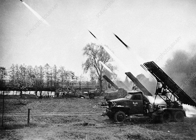 C0130268-Rocket_artillery_firing,_1945.jpg