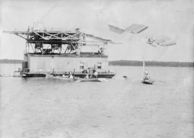 Langley Aerodrome test flight, 1903