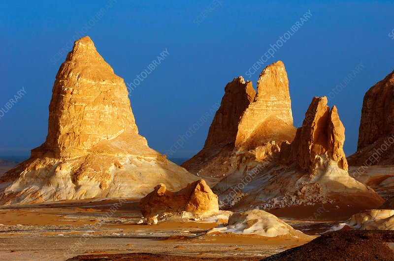 Rock formations, Egypt's White Desert