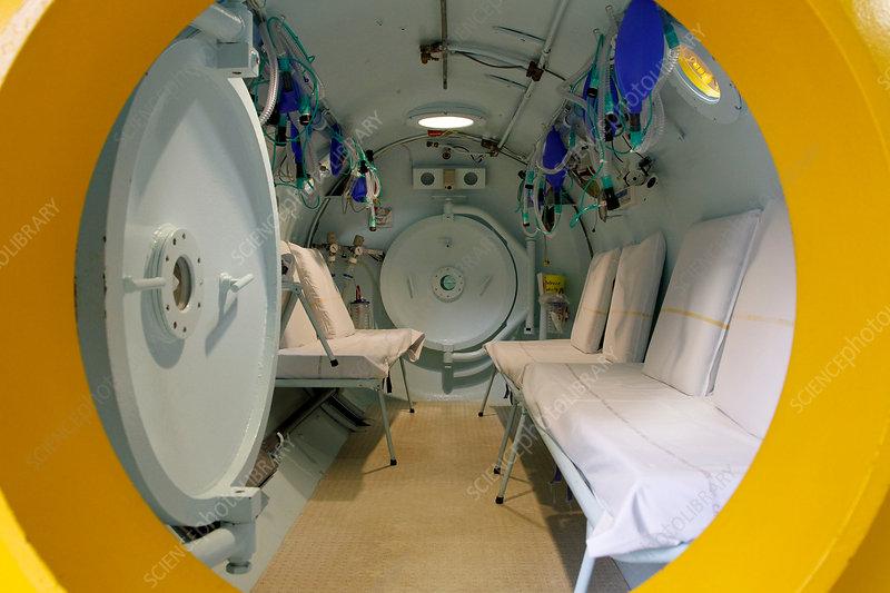 Tinnitus therapy pressure chamber